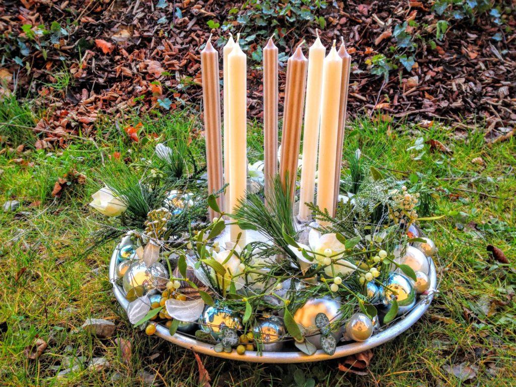 Adventskranz mit 8 Kerzen