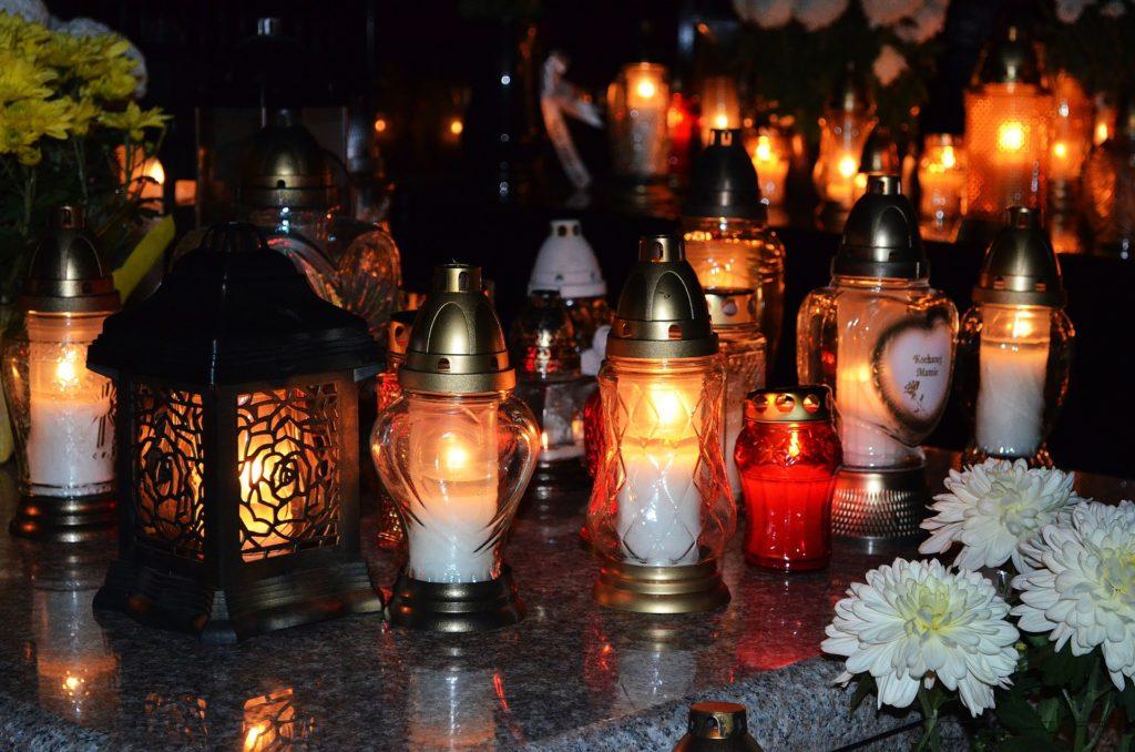 Allerheiligen Kerzen In Polen