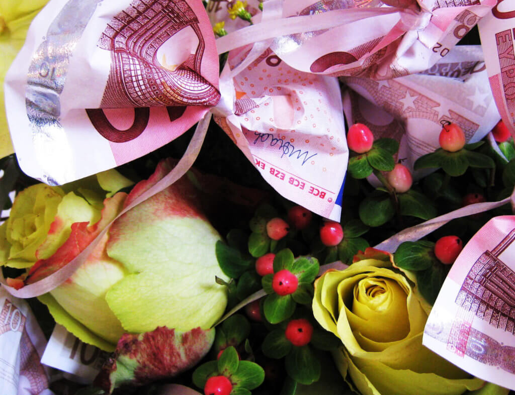 Geldgeschenk Blumenstrauss
