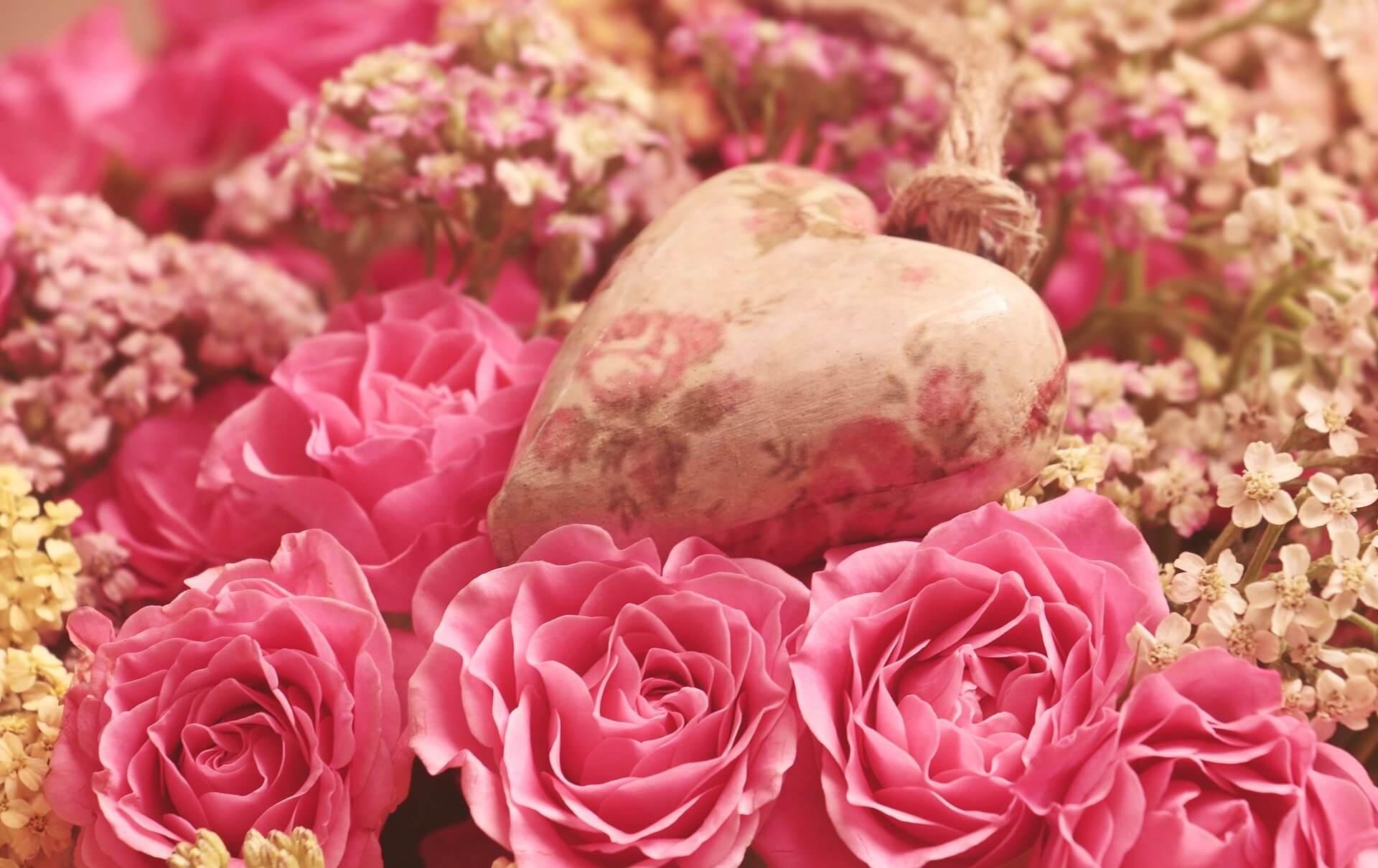 Valentinstag Rosen Und Herz